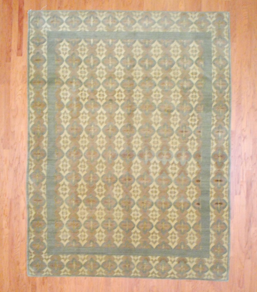 Nepalese Hand-knotted Tibetan (9' X 12')