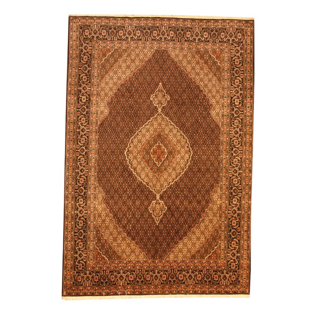 Persian Hand-knotted Tabriz Fish Silk Wool (6'8 X 9'9